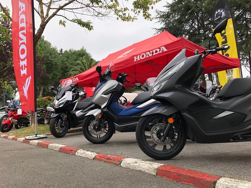 Honda motos en la feria de muestras